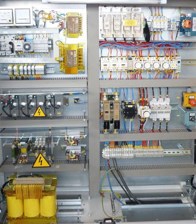 home_fylsa_servicios_electricidad-industrials_1